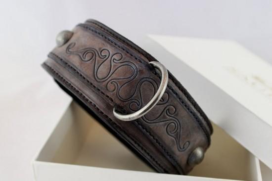 Handantiqued genuine leather brown dog collar A08