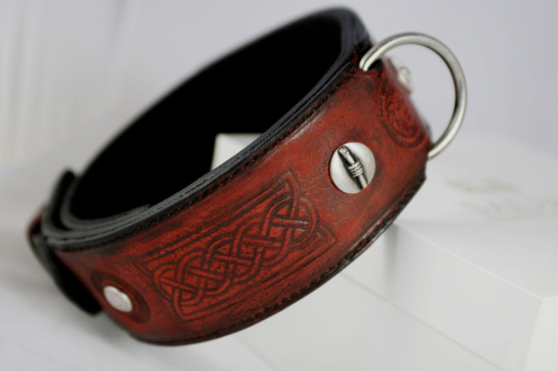 Red leather dog collar with geometrical embossings