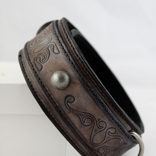 Handmade embossed antique brown leather dog collar