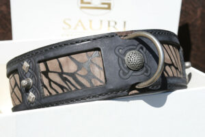 Ishtar - blue leather dog collar by Workshop Sauri