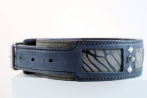 Ishtar - Blue leather dog collar with abstract handprint