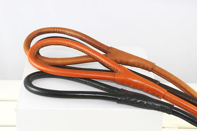Workshop Sauri - handmade leather leash with a round handle
