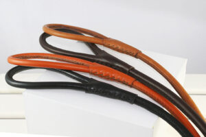 Workshop Sauri - hand stitched round leather leash in colors