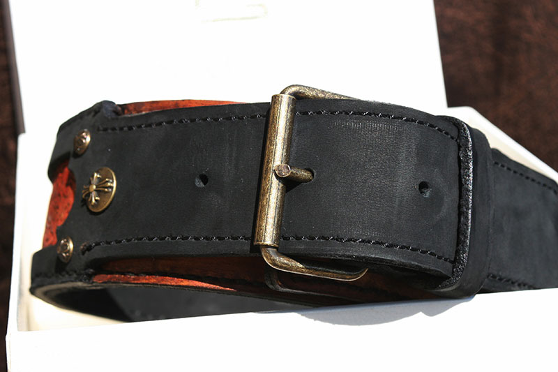 Leather dog collar- front