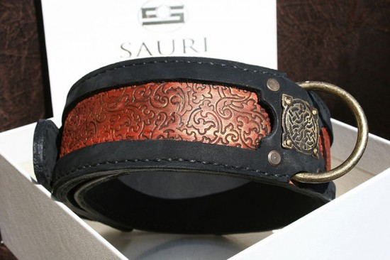 Sekhmet - personalized dog collar by Workshop Sauri