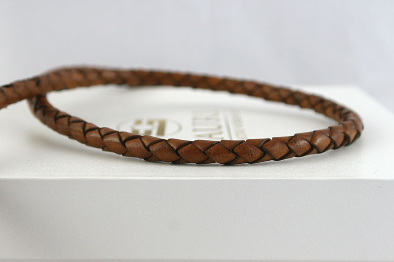 Leather-leash-plaited-detail-LL14