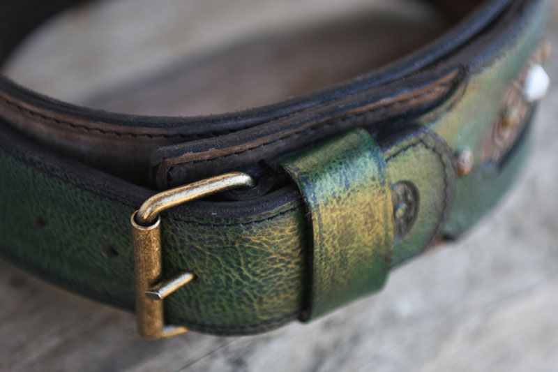 Emerald Dclosed buckle