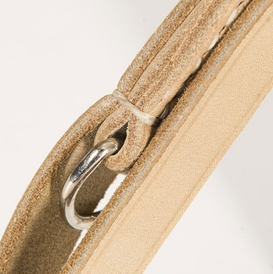Leather dog leash hand stitching