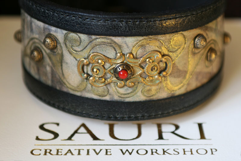 Carroll Dog Collar by Sauri