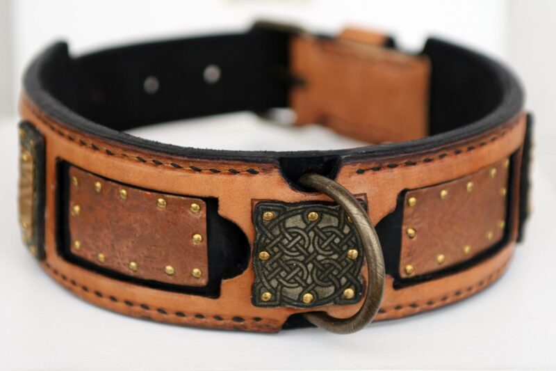 Shiraz Dog Collar Embossing
