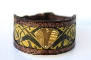 Trikona - leather dog collar for Saluki by Workshop Sauri