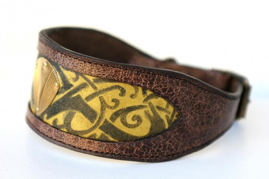 Workshop Sauri - Trikona dog collar unique handprint