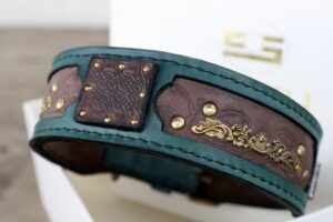 Customized Kairos dog collar by Sauri workshop