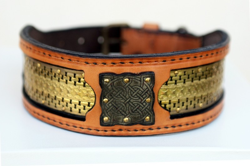 Karakorum unique leather collar by Sauri dog collars