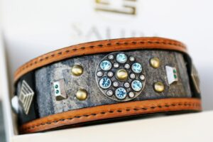 Leather dog collar with zircons hand crafted by Sauri