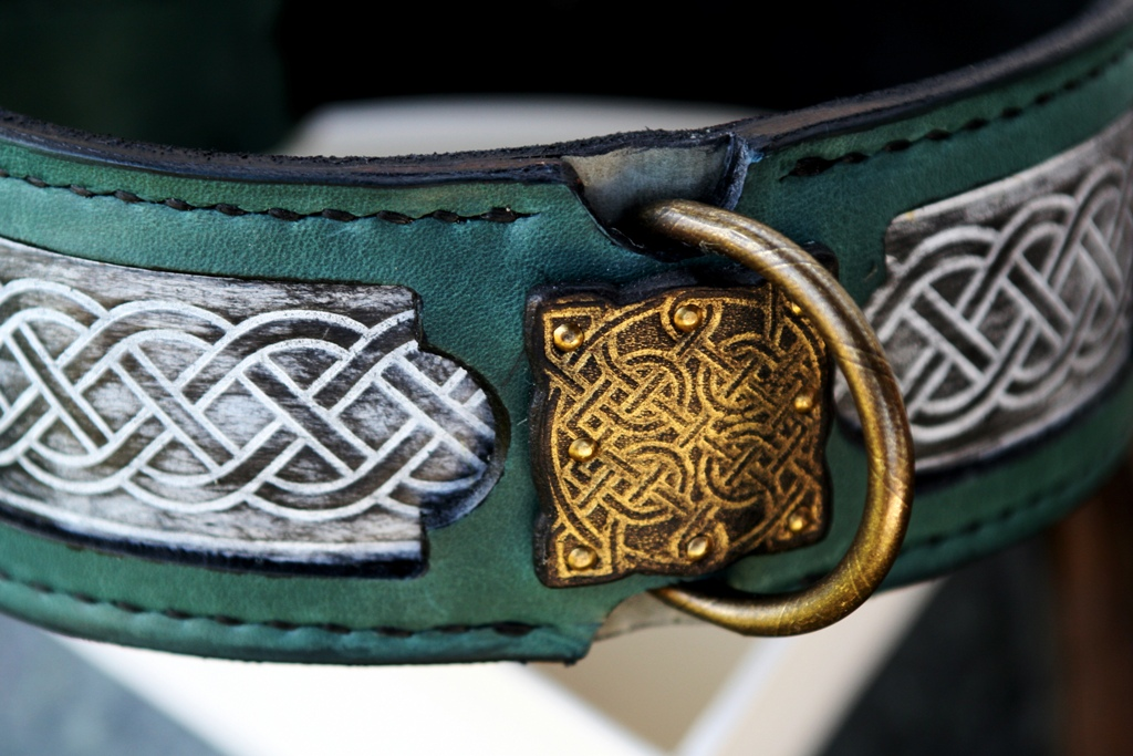 Sharada - unique leather dog collar handmade leather embossing