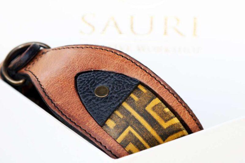 Workshop Sauri - Luangva greyhound collar leather details