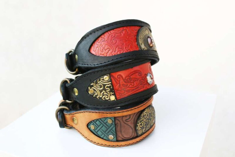 Artistic leather dog collars by Sauri