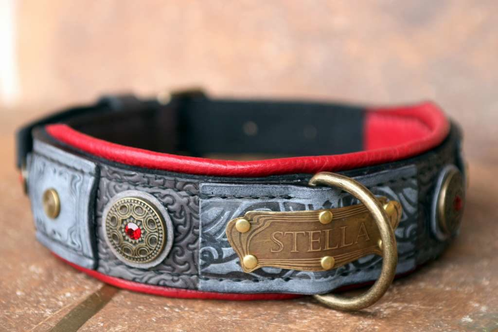 Custom made dog collar Stella by Workshop Sauri
