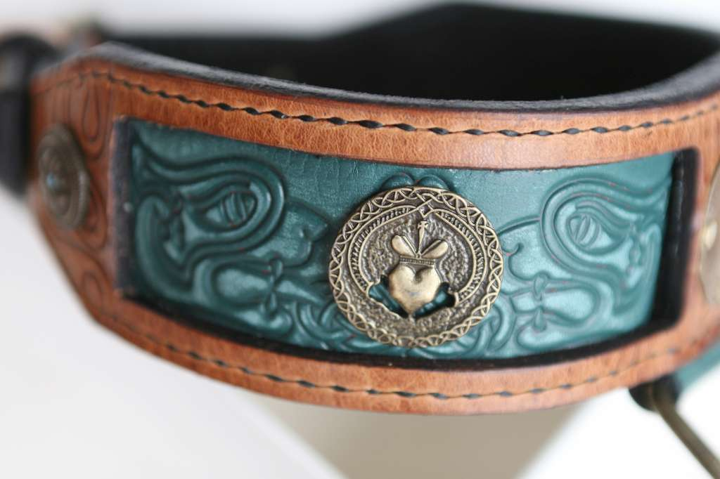 Chessa - personalized leather dog collar for a German shepherd