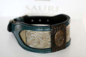 Green leather dog collar handmade by Workshop Sauri