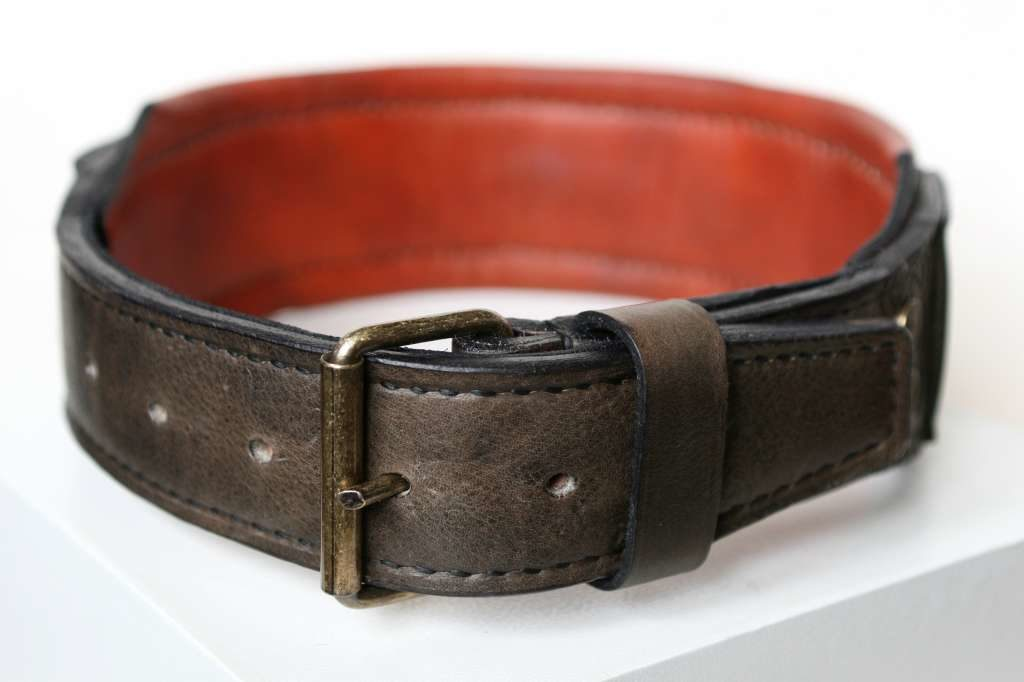 Custom engraved big dog collar by Workshop Sauri