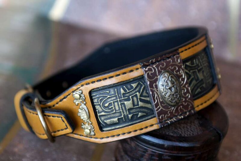Ocher leather dog collar CHANDRA by Workshop Sauri
