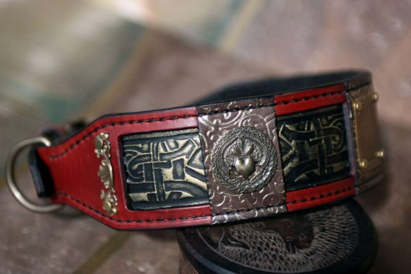 Red leather dog collar CHANDRA by Workshop Sauri
