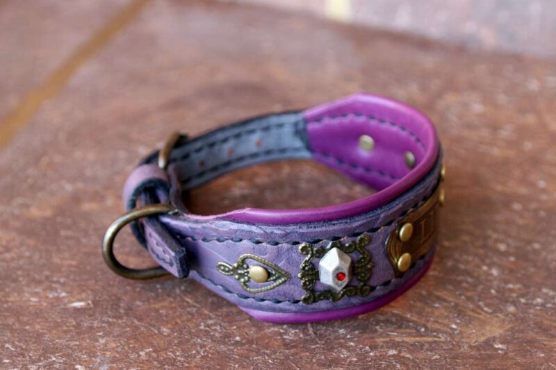 Cute collar for extra small dogs DAMARU by Workshop Sauri