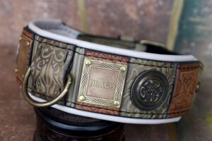Green leather personalized dog collar by Workshop Sauri