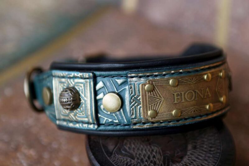 Green art deco dog collar by Workshop Sauri