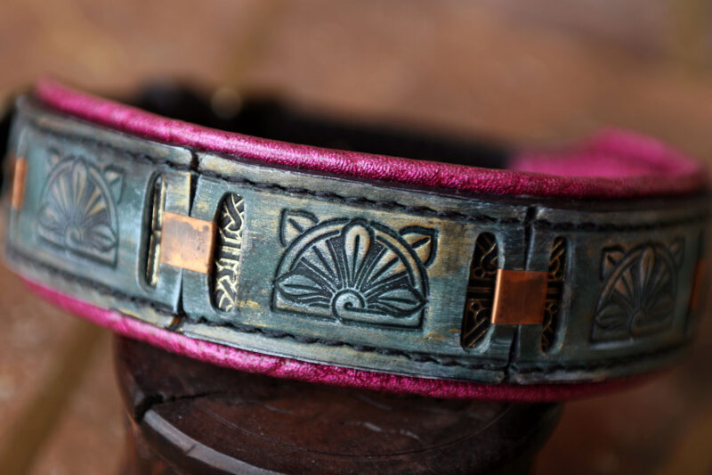 Floral pink padded leather dog collar PAVITRA by Workshop Sauri