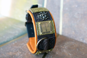 Dog collar with lions SIMHA by Sauri Workshop
