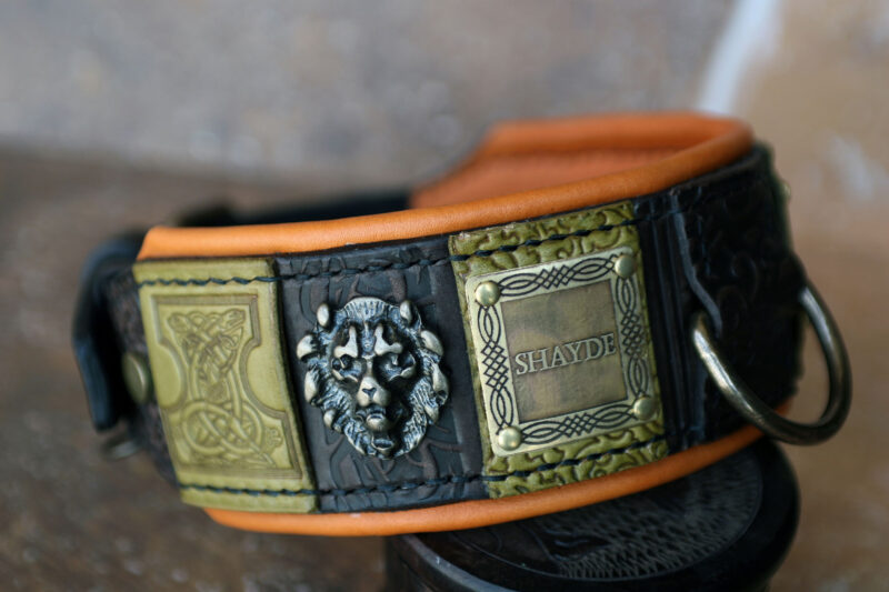 Personalized leather dog collar with lions SIMHA by Sauri Workshop