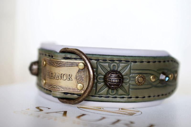 Unique medium dog collar GREEN SANGITA by Workshop Sauri