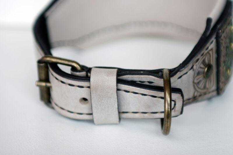 Luxurious leather hound collar SCYTHIA by Workshop Sauri