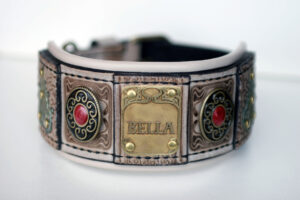 Luxurious leather hound collar by Workshop Sauri